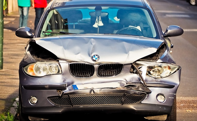 Damaged Car Removal With a Quick Quote